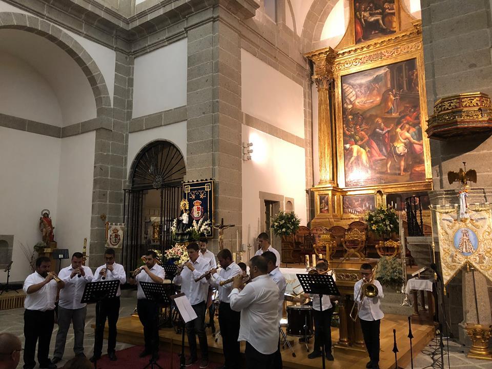 ACTUACIÓN DE enDULZAINADOS IGLESIA DE SAN BERNABÉ 29 AGOSTO 2018